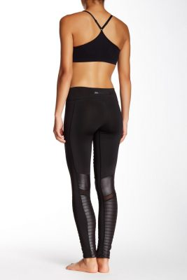 Regular vs plus-size activewear assortments
